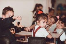 Rodzice zachowują się na szkolnych zebraniach gorzej niż dzieci w szkolnych ławkach.