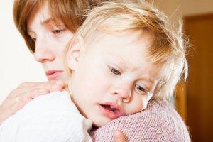 Ofiary przemocy domowej często potrzebująwsparcia psychologicznego, merytorycznego, prawnego. Zwykle je na to nie stać.