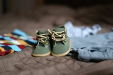 Fot. Pixabay / [url=https://pixabay.com/en/shoes-pregnancy-child-clothing-505471/]sebagee[/url] / [url=https://pixabay.com/service/terms/#usage]CC0 Public Domain[/url]