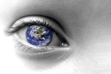 W ciągu ośmiu miesięcy ośmiokrotnie poprawia się ostrość wzroku.