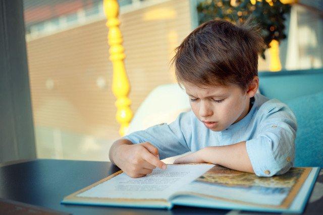 Dlaczego dzieci w szkołach nie mogą uczyć się tego, co wspomaga ich ogólnąedukacje?