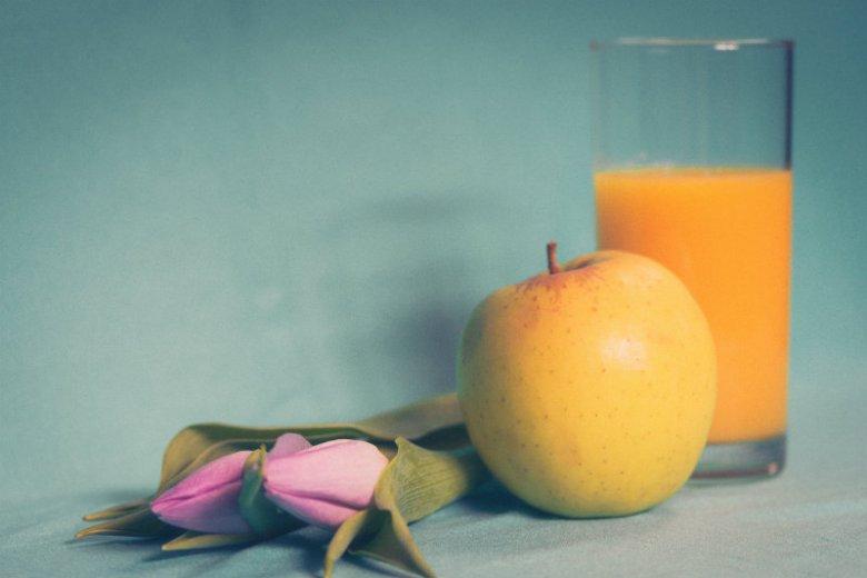 """Owoce w płynie vs. owoce w stanie """"stałym"""" - co wybrać?"""
