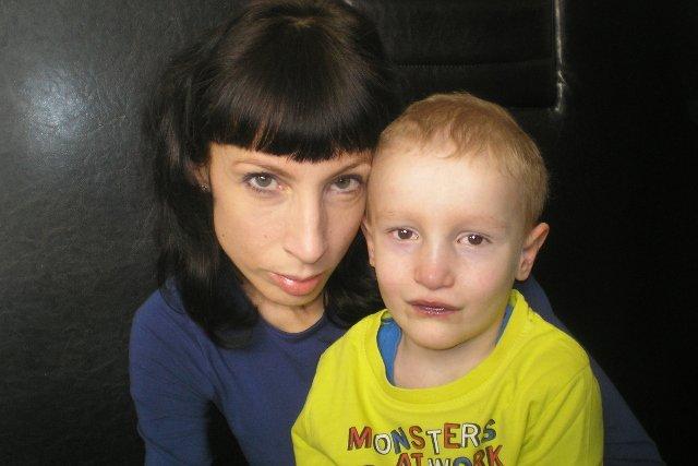 Emil z mamą