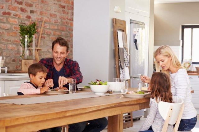Naczynia z porcelany coraz częściej goszczą na krajowych stołach. I to nie tylko w świąteczne dni