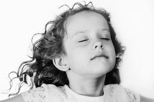 Głęboki oddech. Raptem trzy minutowe ćwiczenie ma znaczny wpływ na zdolność koncentracji u dzieci