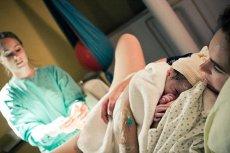 Coraz więcej rodziców w Polsce skarży szpitale za źle przeprowadzone porody i narażenie życia ich dzieci na niebezpieczeństwo