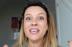 Tova Leigh jest aktorką i matką trójki dzieci. Zawsze szczerze porusza wszelkie macierzyńskie kwestie.
