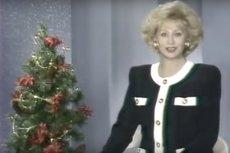 Godzina 20:06. Krystyna Loska zapowiada wieczorny program TVP w Święta Bożego Narodzenia 1991 roku.