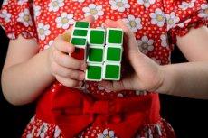 Szkodliwe substancje w kostkach Rubika.
