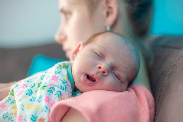 Statystyki są niepokojące, baby blues przeżywa ok. 80 proc. młodych matek.